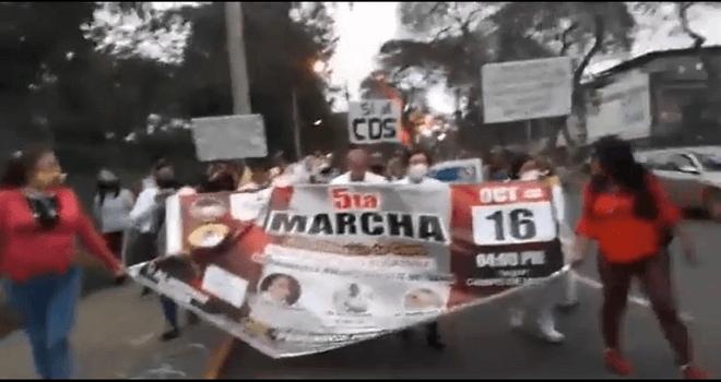 673.01 PERU MARCHA OCT 16 2020 No a las vacunas SI al CDS